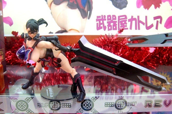 NSFW: Absurd Queen's Blade Curves In Figure Form