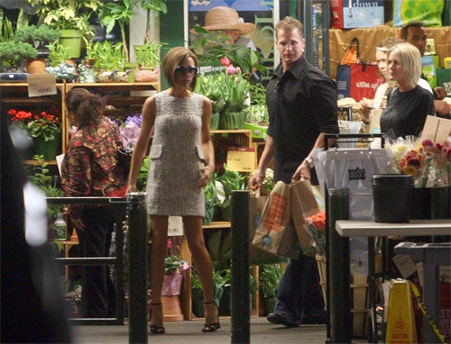 Posh Spice Shops At Whole Foods In Half Dress