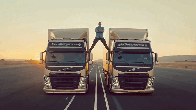 Jean-Claude Van Damme's Split Between Two Moving Trucks Is No CGI