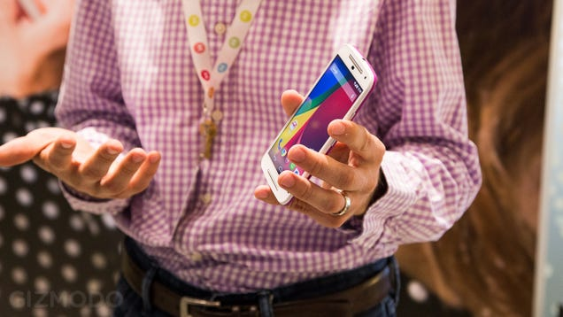Moto G (2014) Hands-On: Bigger Bang For the Same Buck
