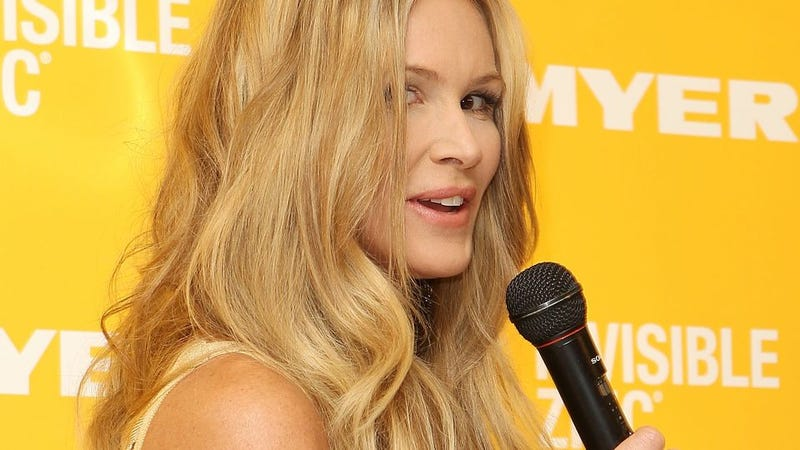 Elle MacPherson Wrongly Accused Her Manager Of Leaking To Tabloids
