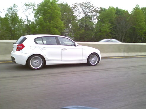 BMW 1-Series Hatchback Spotted With Manufacturer Plates