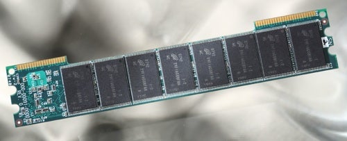 Micron's Future Concept of SSD is RAM-Module Like