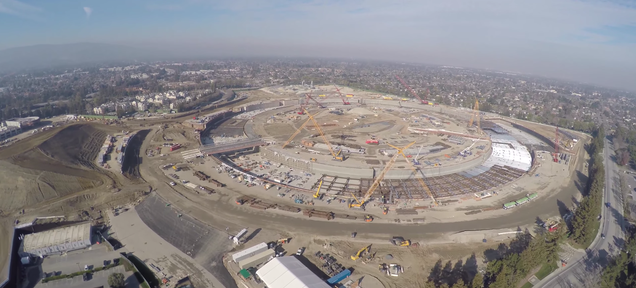 4K Drone Footage Captures Apple's New Spaceship HQ, and It's Massive