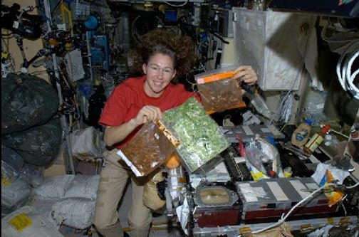 Cooking in Space, Explained by the Unofficial ISS Chef
