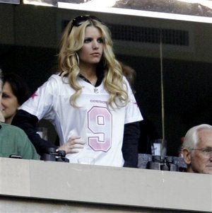 T.O. To Romo: Girls Are Icky