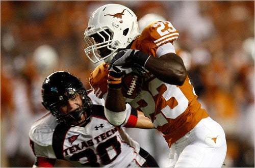 Citing Concussions, Texas Running Back Tre' Newton Announces He Is Giving Up Football