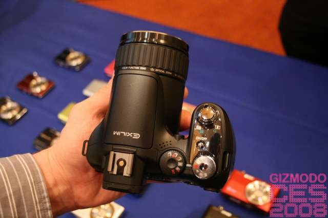 Casio's EXILIM Pro EX-F1 Takes Still Pics at 60 FPS, Video at 1,200 FPS