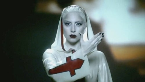 Gaga Plans Massive Lollapalooza Show; Lindsay Shills Via Twitter