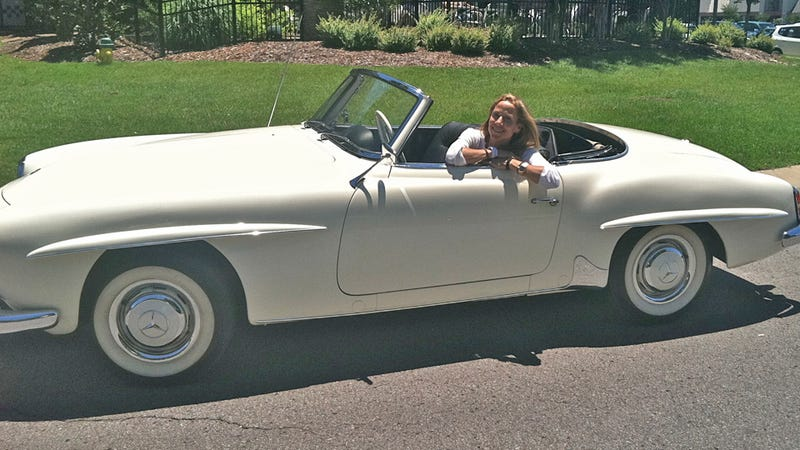 Sheryl Crow auctioning her '59 Mercedes for Joplin relief