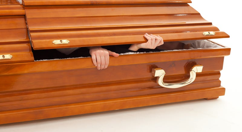 Funeral Turns to Festivity After Man Wakes Up from Death Shortly Before Burial