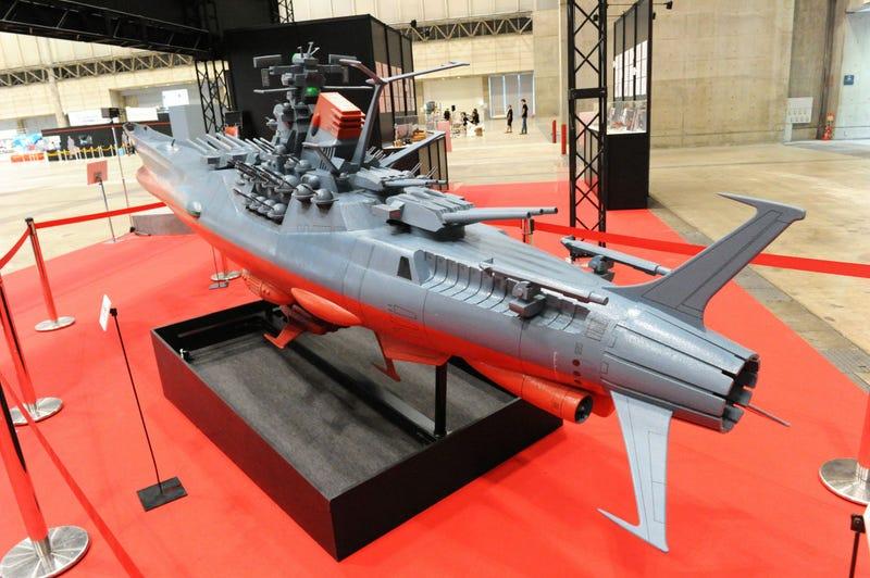 This Flying Battleship Is Over 16 Feet of Awesome