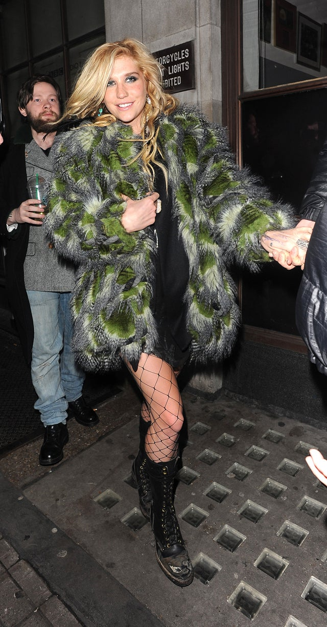 Ke$ha's Transformation Into Swamp Thing Going Quite Well