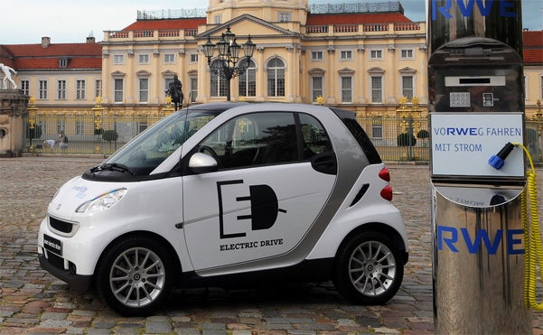 Already-Revealed Electric Smart Revealed At Paris Motor Show