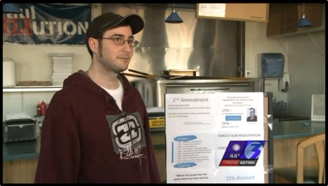 Pizza Shop Gives Out Discount to Gun Owners Who Flash Their Weapon Inside Store