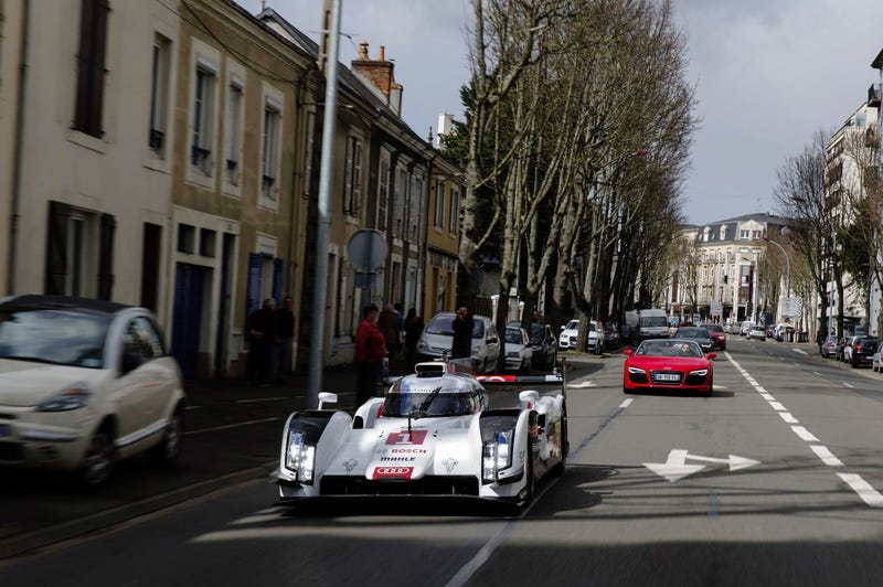 How Small Is The 2014 Audi R18?