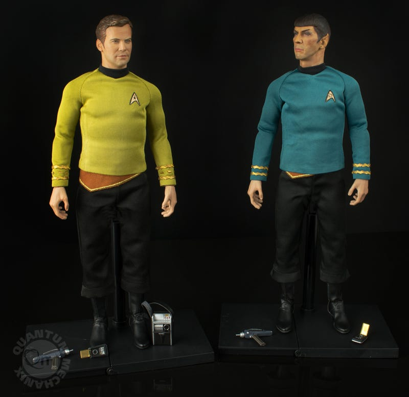 TheseStar TrekFigures Are So Realistic I'd Swear They're Kirk and Spock in the Flesh