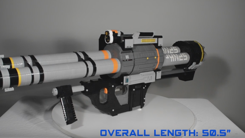 6,000-Piece LEGO Replica Of Halo 5's Rocket Launcher