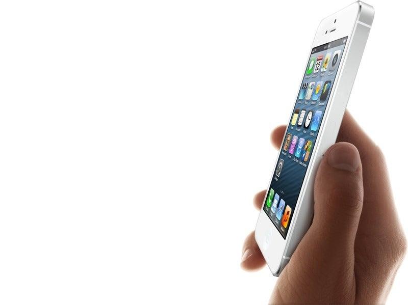 """Apple, ¿en qué quedamos? ¿Hay o no hay un """"iPhone barato""""?"""