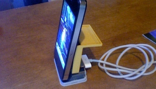 Make an Old iPhone Dock Fit With Newer Generation Models