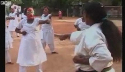 Indian Sex Workers Learn Martial Arts For Self Defense • High Schooler Diagnoses Her Own Disease