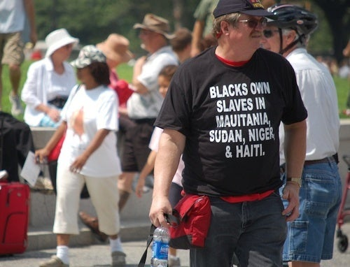 The Mystery of Weird Racist T-Shirt Guy (Updated)