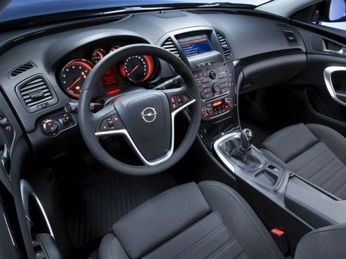 BREAKING: Buick Regal Getting A Manual Transmission