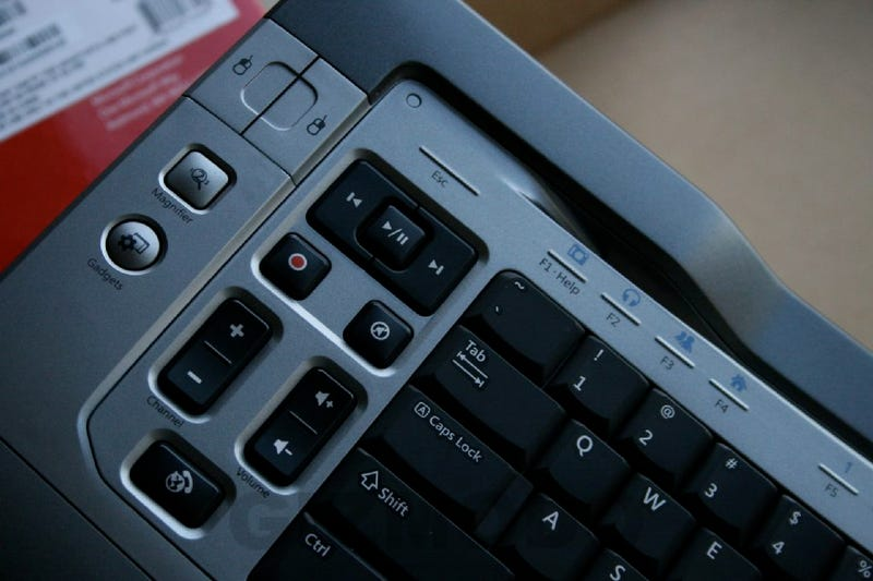 """Unboxed: The Microsoft """"Stealth Bomber"""" Keyboard and Mouse"""