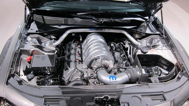Chrysler 300 426S: Because Mopar