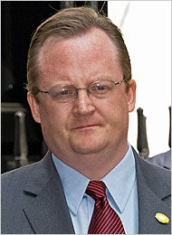 Robert Gibbs, From Smear Artist to Voice of Hope