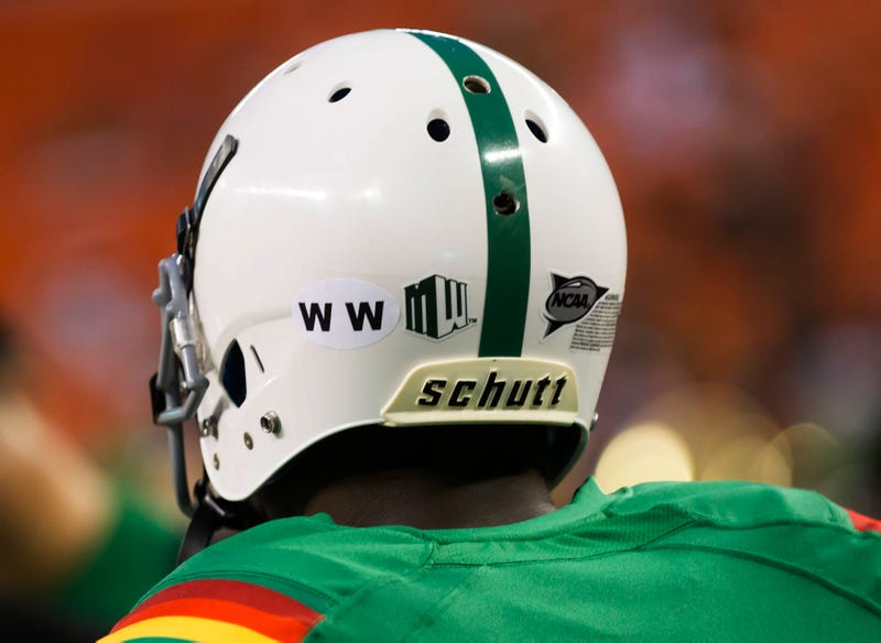 Police: Hawai'i Running Back Drowned While Wading On Beach