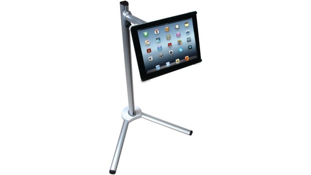 Deals: $20 Mechanics Set, iPad Stand for Your Garage, Dustbuster