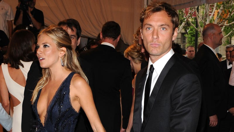 Sienna Miller Told Daniel Craig 'I Love You' While Engaged to Jude Law