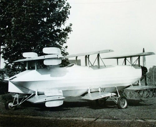 "Bid For The Oldest ""Flying Car"" This Weekend"