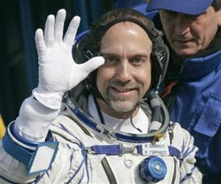 Richard Garriott Reaches Orbit, Can Finally Act Out Plot of Tabula Rasa