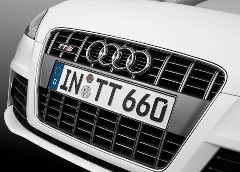 Detroit Auto Show: Audi TTS Coupe & Roadster Official Pics, Details