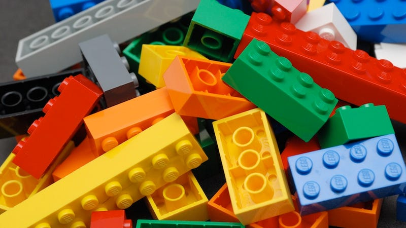 What Happens When You Throw Lego Bricks Into a Washer for Science