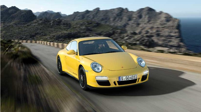 Porsche 911 Carrera 4 GTS: Insert Skittles joke here