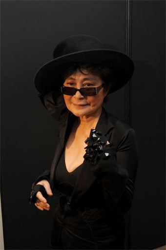Yoko Ono Fetes Beatles Fashions; Louboutin Stuffed Shoes With Raw Meat