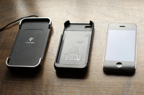 Your iPhone 4 Can Now Take a Charging PowerMat Nap