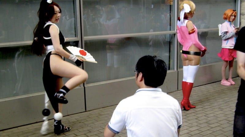 It's Hard Work Shooting Mai Shiranui's Butt