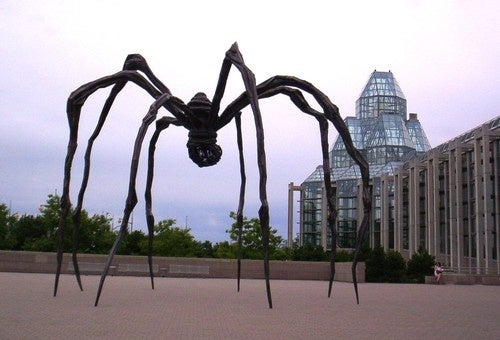 R.I.P. Louise Bourgeois, the woman who unleashed an army of giant spiders