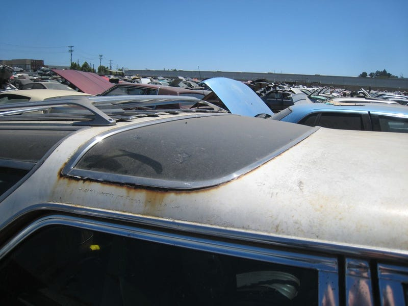 Oldsmobile Vista Cruiser Gets Last View Of California Sky Through Roof Windows