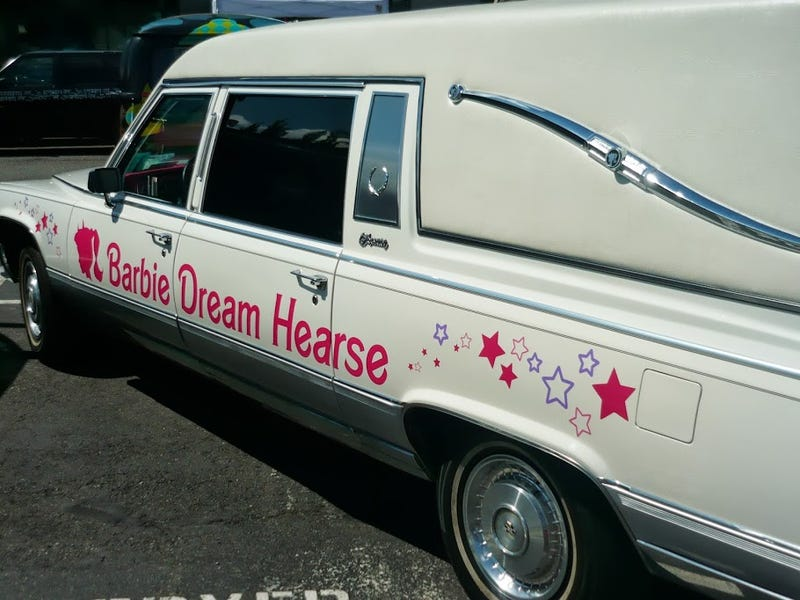 Barbie's Dream Hearse Available To Rent For Barbie's Funeral