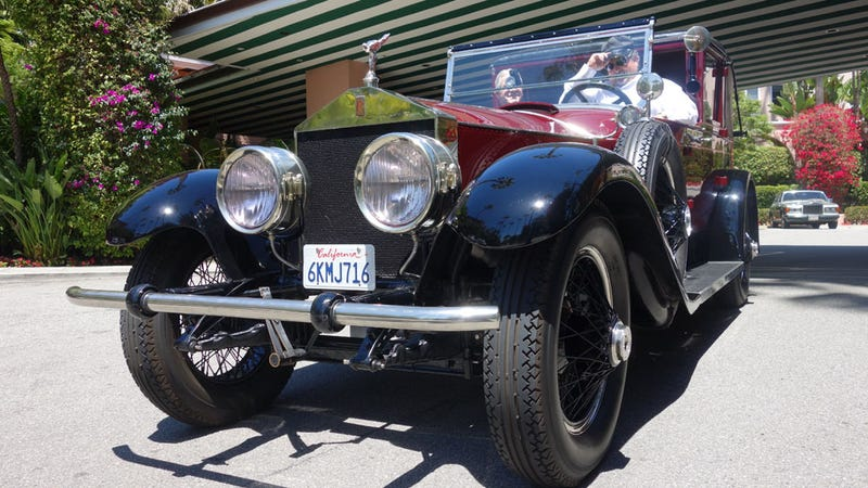 What It's Like Driving (And Being Driven In) A 1926 Rolls Town Car