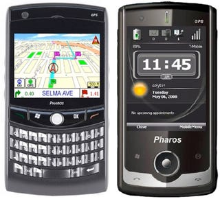 Pharos Unveils Traveler 117 and 127 Unlocked WinMo GPS Smartphones