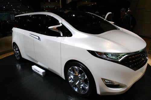 Detroit Auto Show: Nissan Forum Concept Family Vehicle Has Time Out Button, Microwave, Nanny Cam
