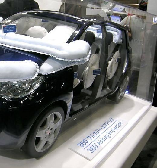Toyota Gosei Creates 360º Airbags, Plus One on the Front for Unlucky Pedestrians