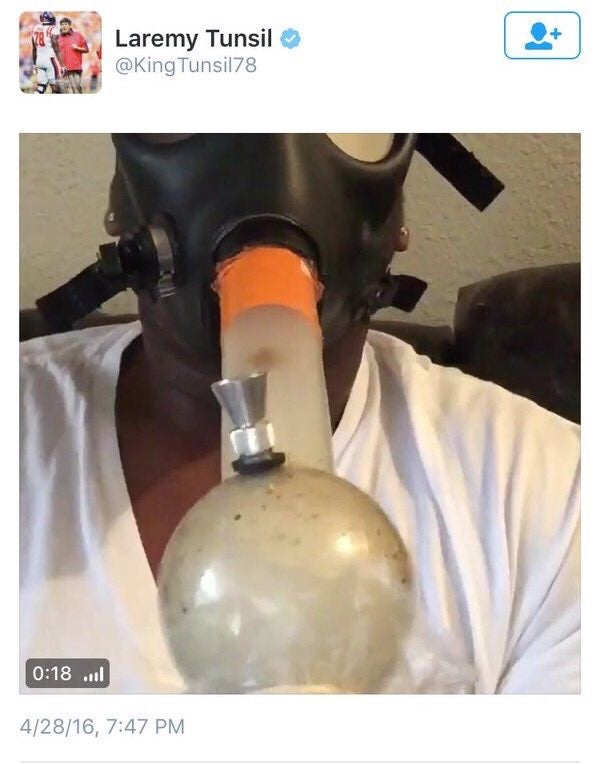 Laremy Tunsil gas mask bong