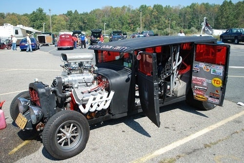 How To Make A Hemi-Powered Hot Rod From Spare Parts